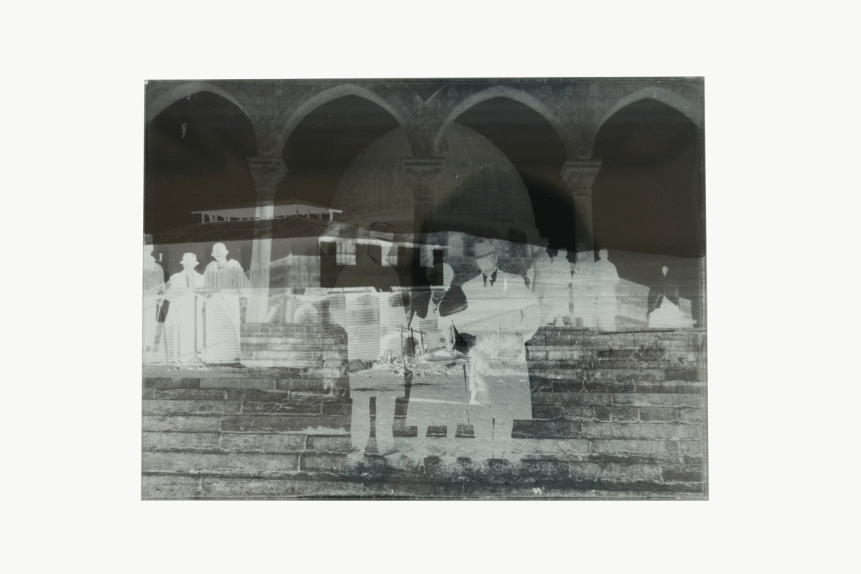 Un-Dividing History, 2017, 4 Pairs of glass plates, 18 x 24 cm each, 8 Cyanotype contact-prints, 18 x 24 cm each