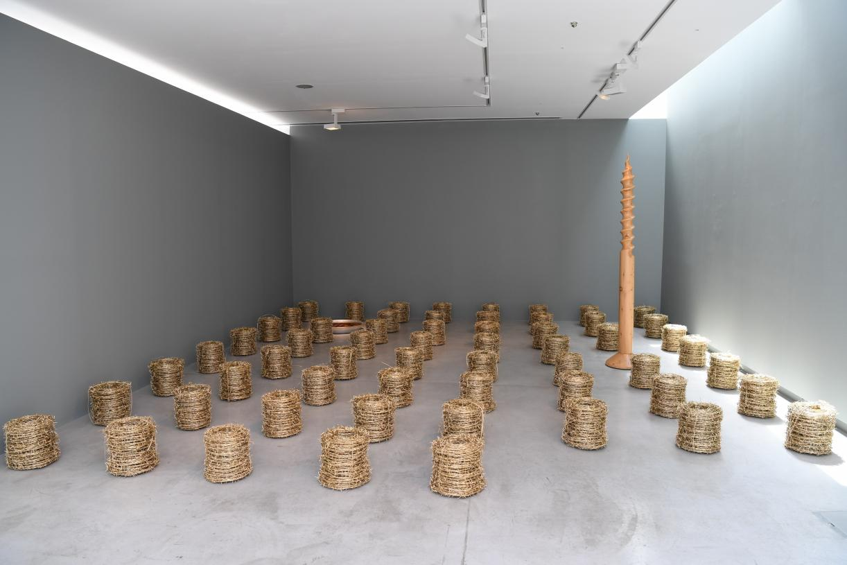 Palestine after Palestine, Not everything that shines is Gold, 2017, 60 metal barbed wire coils, metal, paint, 40 x 30 cm diameter each, Installation view Sharjah Art Foundation