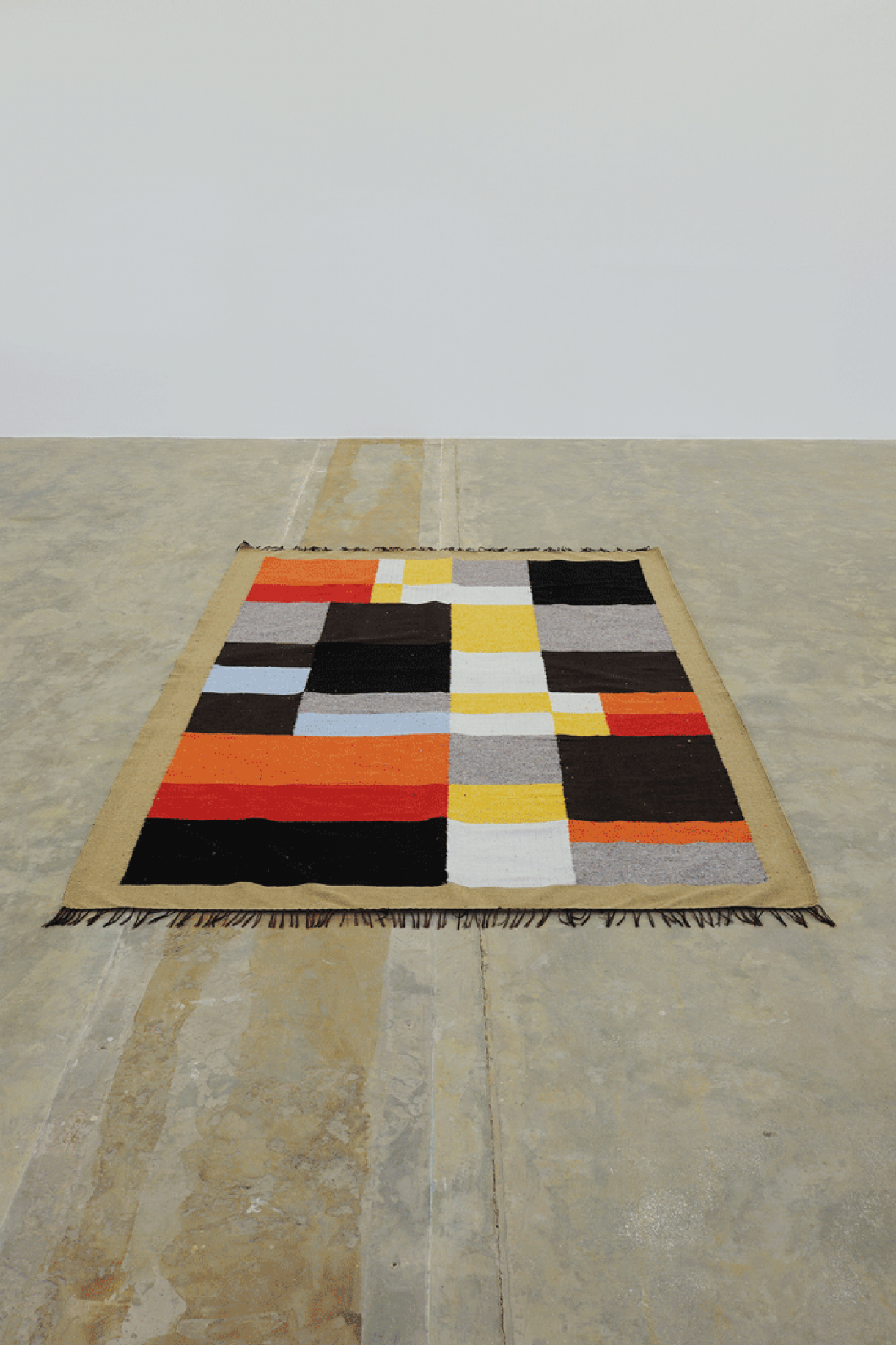 Untitled (carpet handmade in collaboration with Darna's women weaving workshop), 2015, Cotton wool, 243 x 169 cm