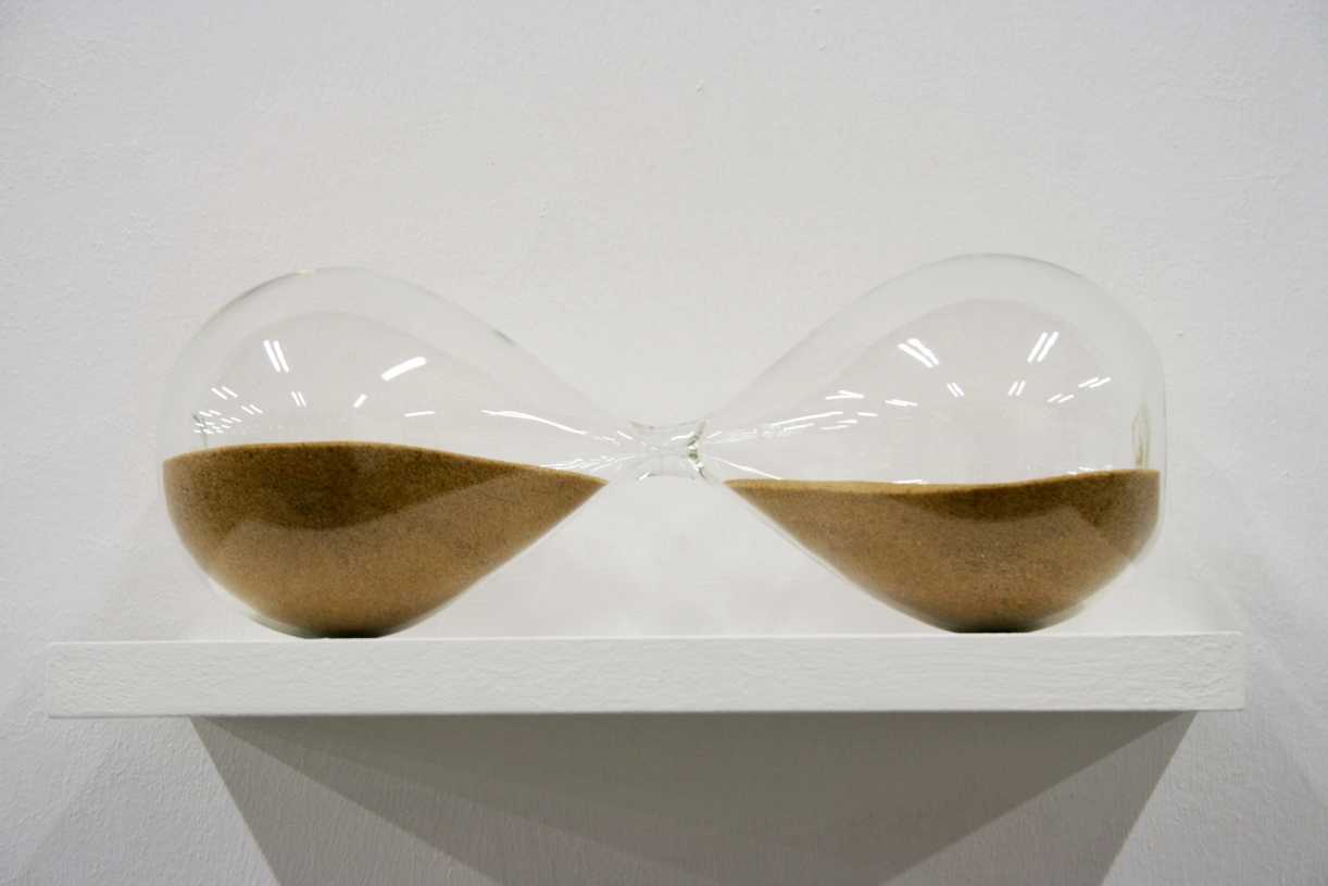 Suspended Time, 2005, Glass, sand, 7.5 x 28 x 10 cm, Ed. 3 + 2 AP