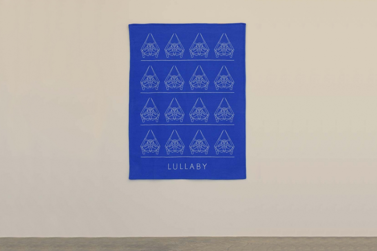 Lullaby, 2001, Blanket, wool, and cashmere, 131 x 175.5 cm, Ed. 20