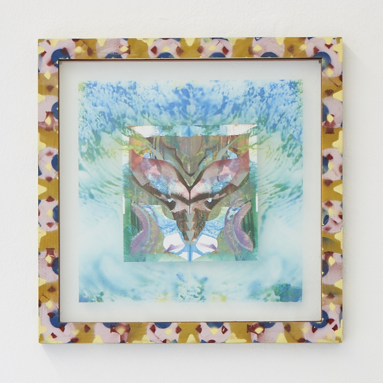 Moritz Altmann, ene, 2017, mixed media on paper and transparency, sprayed frame, 40,5 x 40,5 cm
