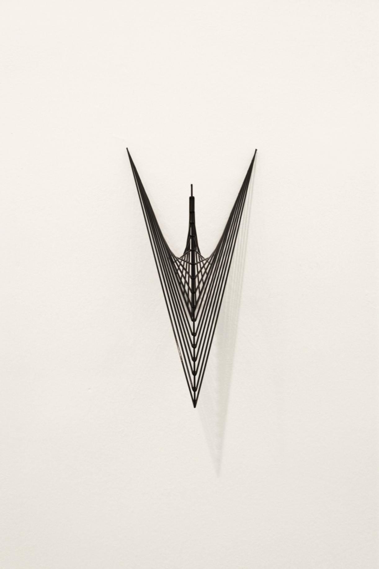 Timo Nasseri, Mesh #3, 2012, Steel, powder coated, 31 x 18 x 16 cm