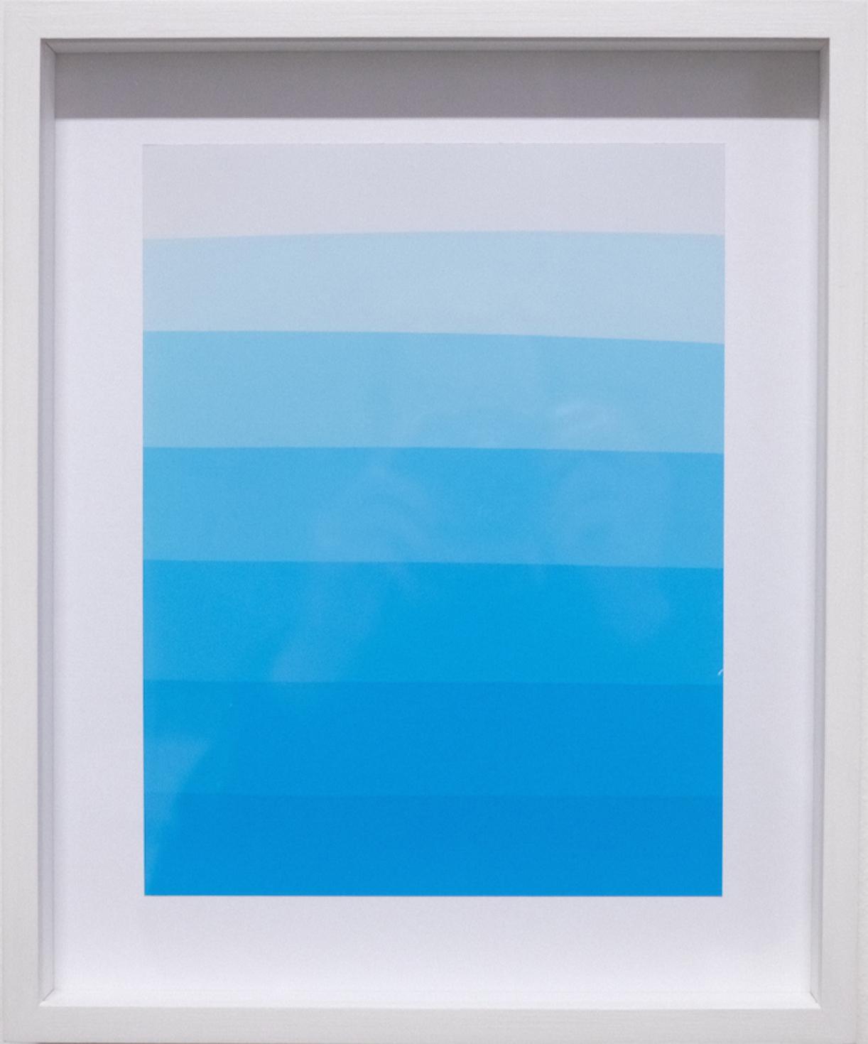 Photogram (Color gradient blue), photographic paper, 34 x 29 cm framed