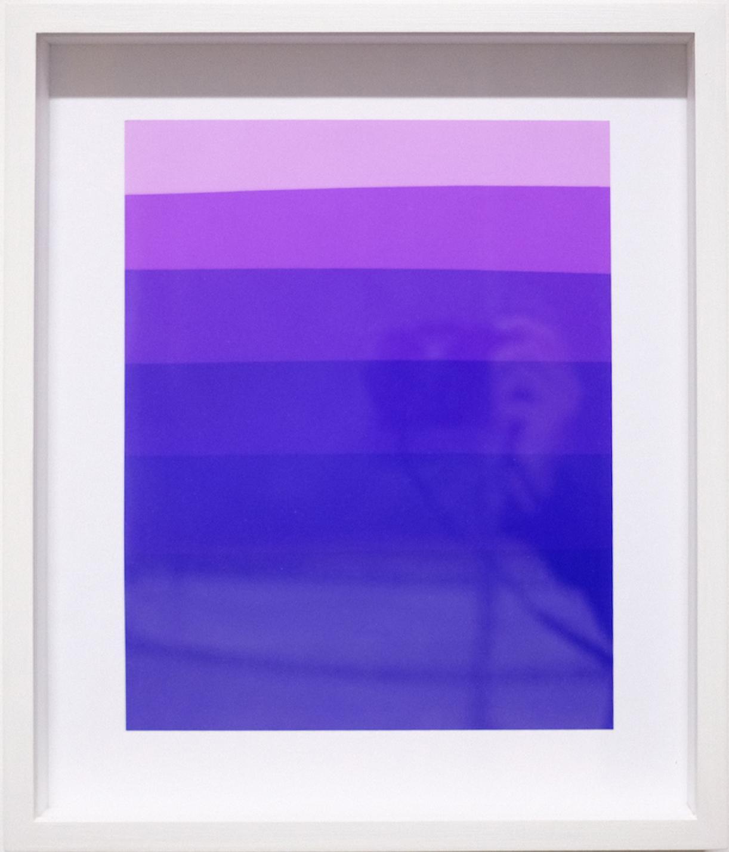 Photogram (Color gradient purple), photographic paper, 34 x 29 cm framed