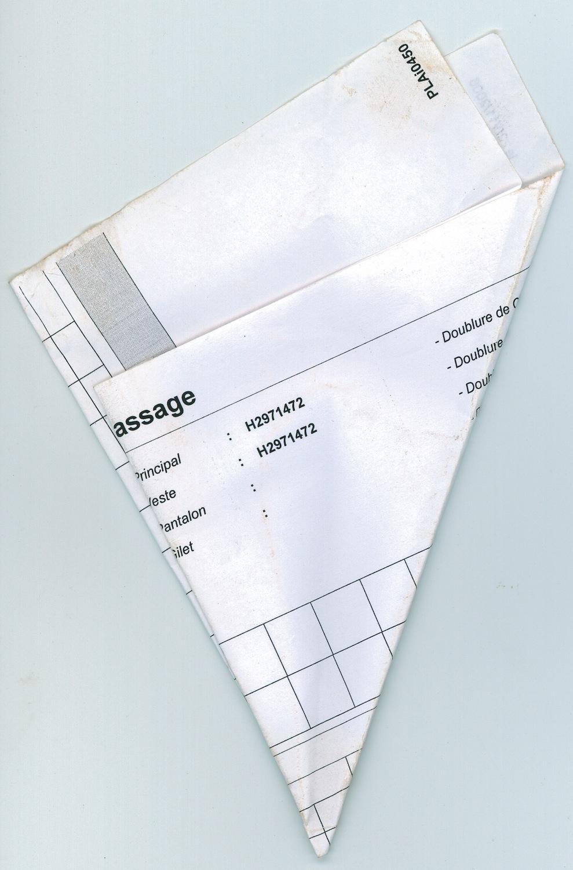 Papiers Pliés_fig 2, 2007, C-print, 40 x 30 cm