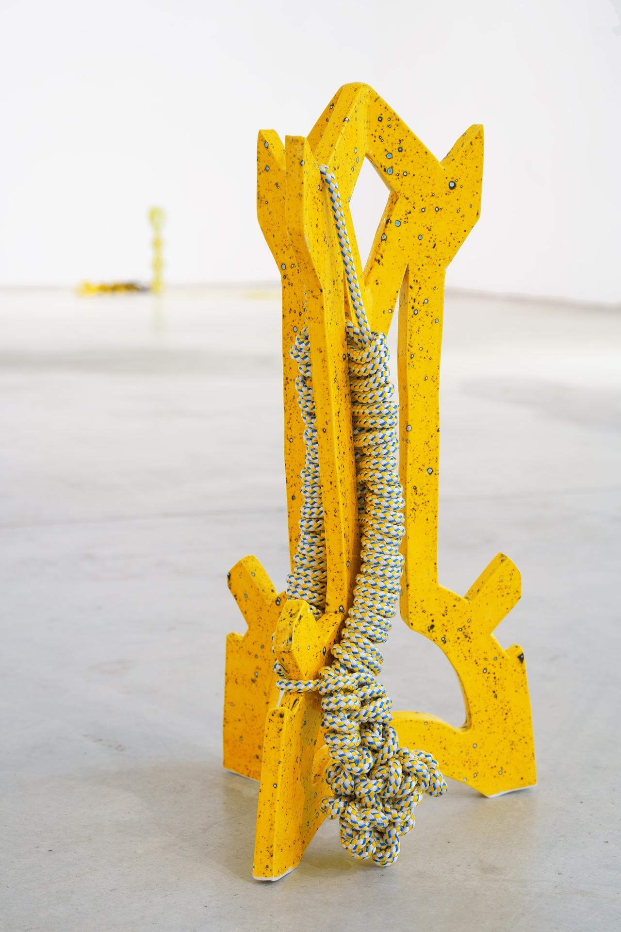 Timo Nasseri, Yellow Big, 2019, Glazed ceramics and rope, 62 x 27 x 33 cm